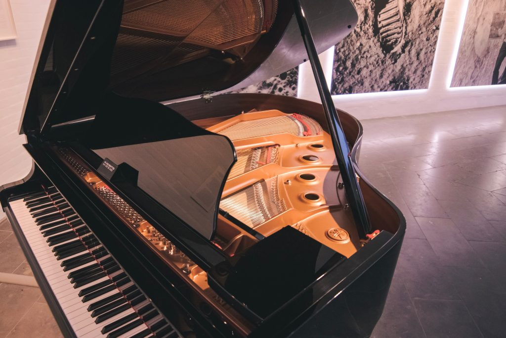 Piano in a room.