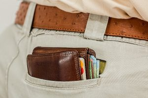 A wallet to shop for supplies in order to move your piano with ease.