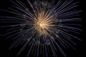 celebrate Christmas at Pittsburgh and enjoy fireworks