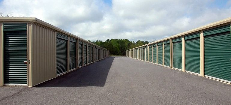 movers in Kendall FL can offer amazing storage units