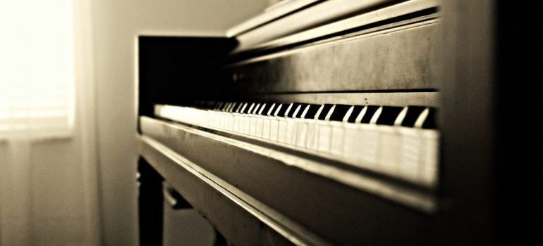 piano that will be moved by movers Hollywood FL